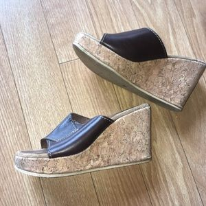 American Eagle wedge sandals size 5